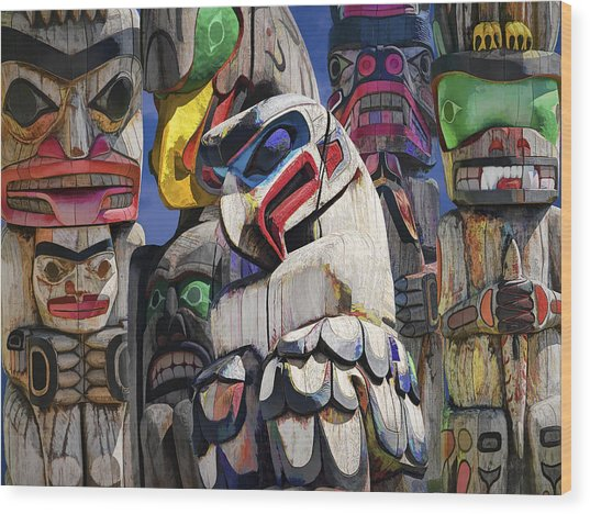 Totem Poles In The Pacific Northwest Wood Print