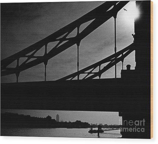 Tower Bridge Silhouette Wood Print by Aldo Cervato