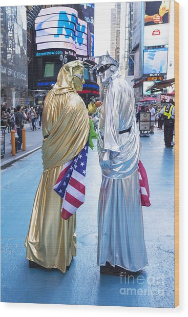 Two In Time Square Wood Print by Ed Rooney