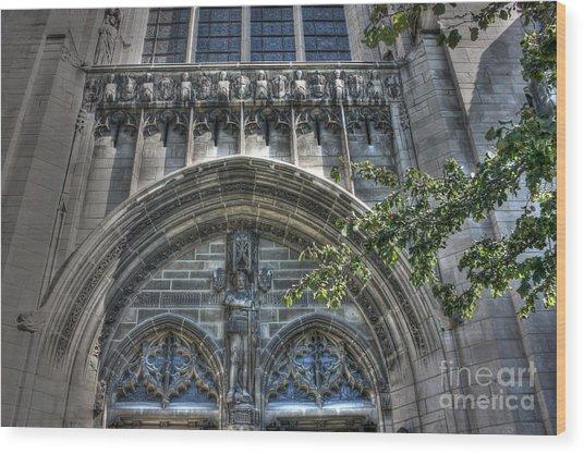 University Of Chicago Chapel Wood Print by David Bearden