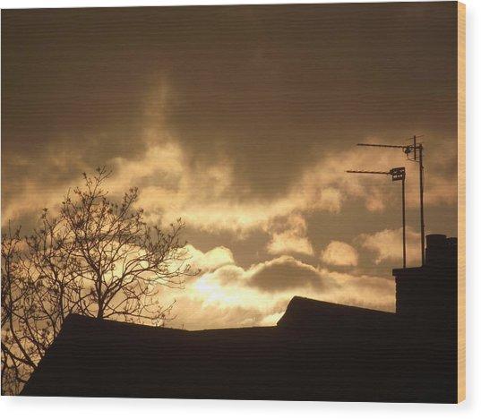 Urban Sunset In April 2012 Wood Print