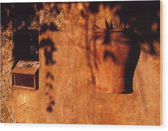 Wall Urn Wood Print by Bob Whitt