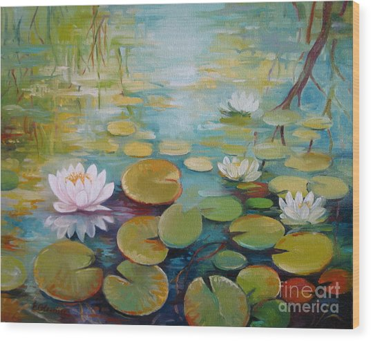 Water Lilies On The Pond Wood Print