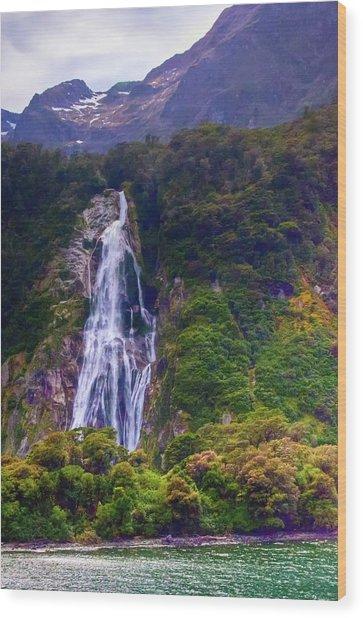 Waterfalls At Milford Sound Wood Print