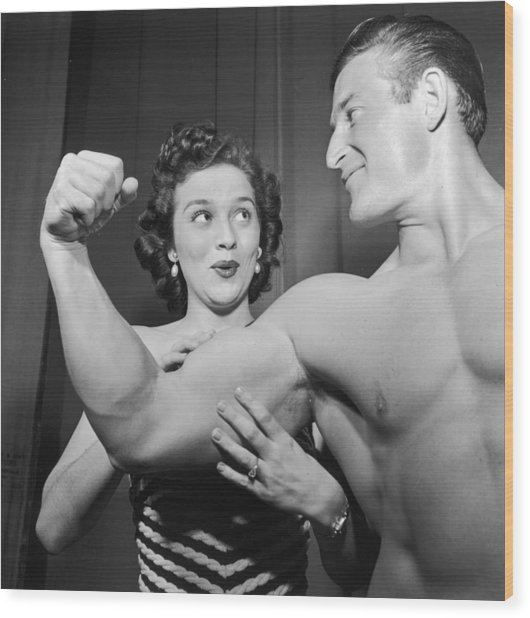 What Muscles! Wood Print by Archive Photos
