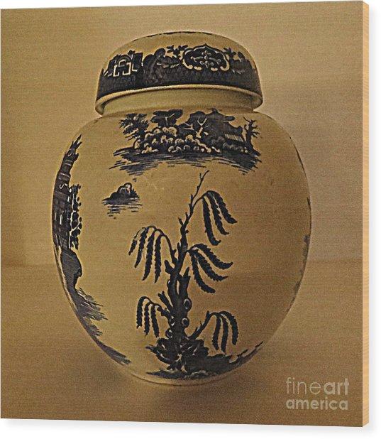 Willow Tea Jar Wood Print by Patricia Januszkiewicz