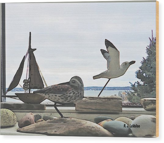 Woodcarvings In A Maine Window Wood Print