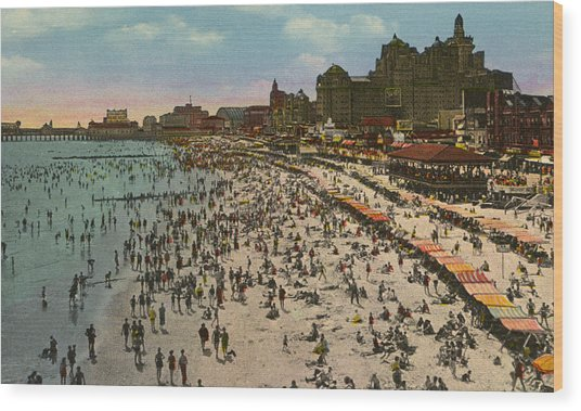 Atlantic City Spectacle Wood Print