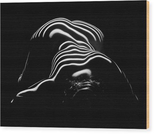 0686-ar Head Down Bottom Up Zebra Striped Female Figure Wood Print