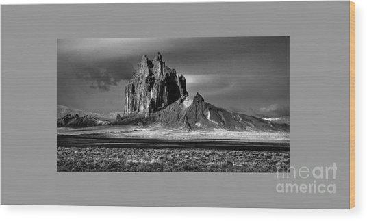 90167 Shiprock Panorama Wood Print