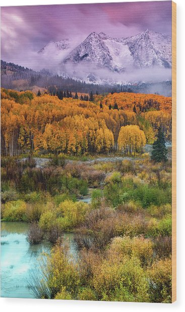Wood Print featuring the photograph A Fall Snow At Sunrise by John De Bord