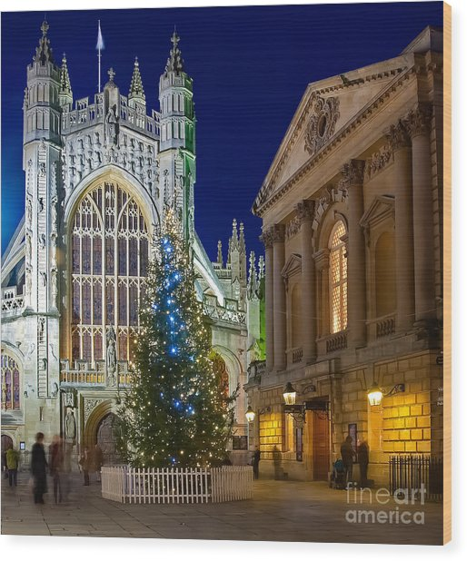 Bath Abbey At Night At Christmas Wood Print