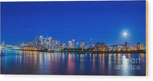 Canary Wharf 3 Wood Print