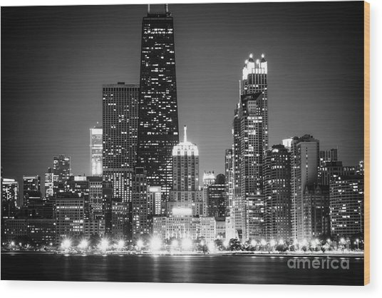 Chicago At Night Black And White Picture Wood Print