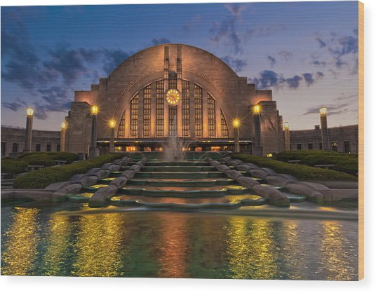 Cincinnati Museum Center At Twilight Wood Print