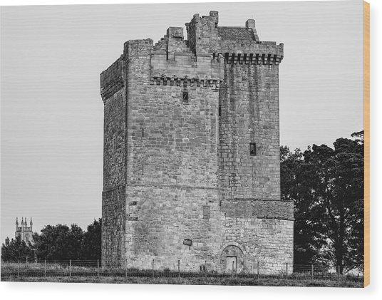 Clackmannan Tower Wood Print