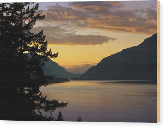 Columbia River Sunset Wood Print