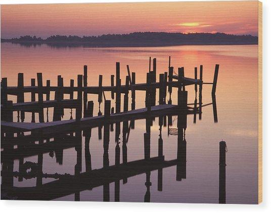 Dawn On The Bay Wood Print by Eric Foltz