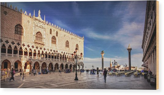 Wood Print featuring the photograph Doge's Palace On St Mark's Square - Venice by Barry O Carroll