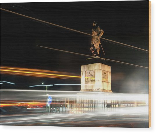 Drake's Statue Traffic Trails Iv Wood Print