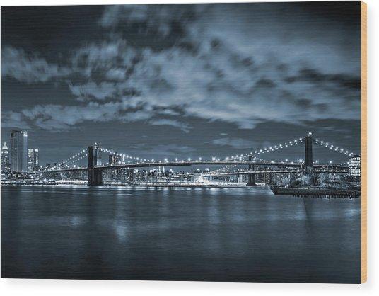 East River View Wood Print