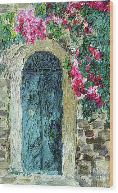 Green Italian Door With Flowers Wood Print