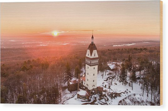 Heublein Tower In Simsbury, Connecticut Wood Print
