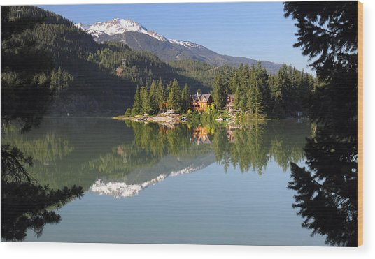House On Green Lake Whistler B.c Canada Wood Print by Pierre Leclerc Photography