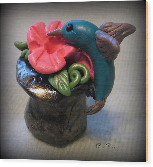Humming Bird And Flower Wood Print by Trina Prenzi