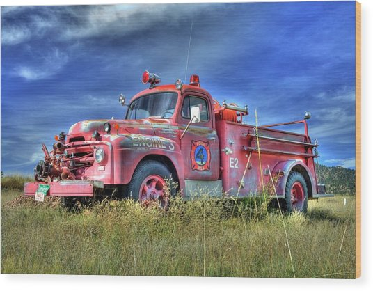International Fire Truck 2 Wood Print