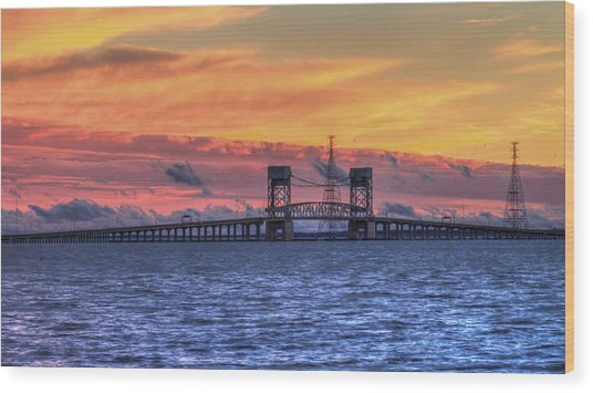 James River Bridge Wood Print