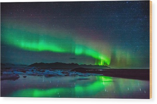 Wood Print featuring the photograph Jokulsarlon Aurora by James Billings