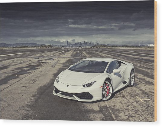 Wood Print featuring the photograph Lamborghini Huracan by ItzKirb Photography