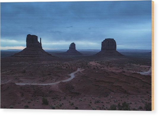 Wood Print featuring the photograph Monument Valley by Stuart Gordon