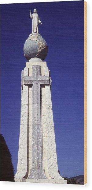 Monumento Al Divino Salvador Del Mundo Wood Print