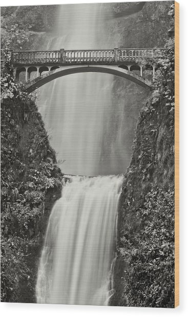 Multnomah Falls Upclose Wood Print