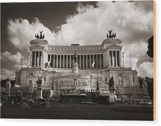 National Monument To Victor Emmanuel II  Wood Print by Songquan Deng