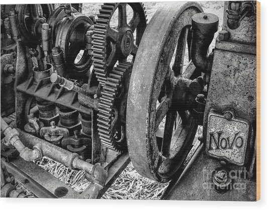 Novo Antique Gas Engine Wood Print