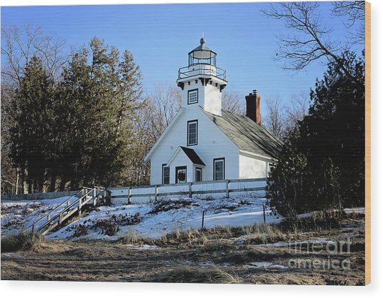 Old Mission Lighthouse Wood Print