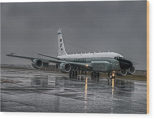 Wood Print featuring the photograph Rc-135 Rivet Joint by Ryan Wyckoff