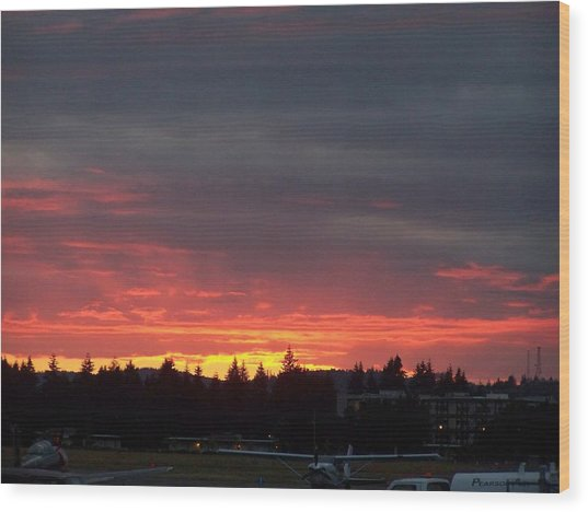 Sunset At Tumwater Wood Print by Laurie Kidd