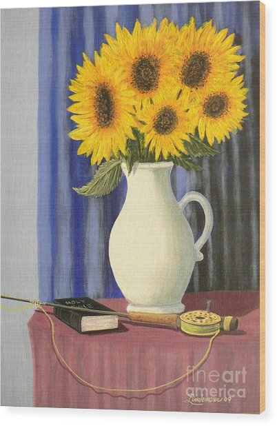 Vase Of Sunflowers Wood Print by Don Lindemann