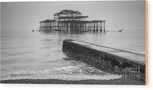 West Pier At Brighton Wood Print by Colin and Linda McKie