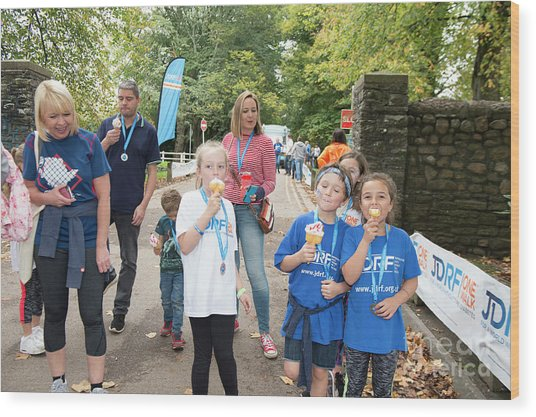 Jdrf One Walk Cardiff 2017  Wood Print