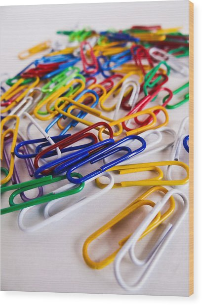 100 Paperclips Wood Print