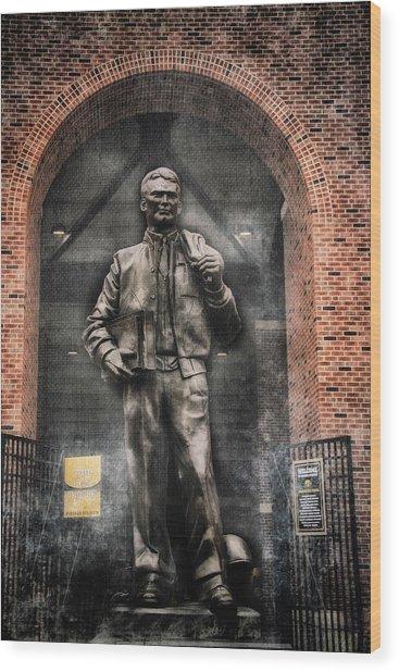 10726 Kinnick Statue Wood Print