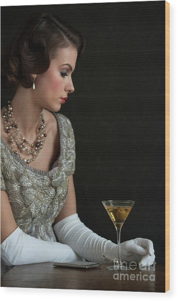 1930s Woman With A Cocktail Glass Wood Print