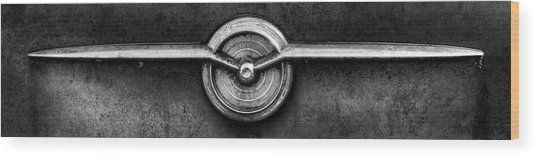 1956 Buick Special Emblem In Black And White Wood Print