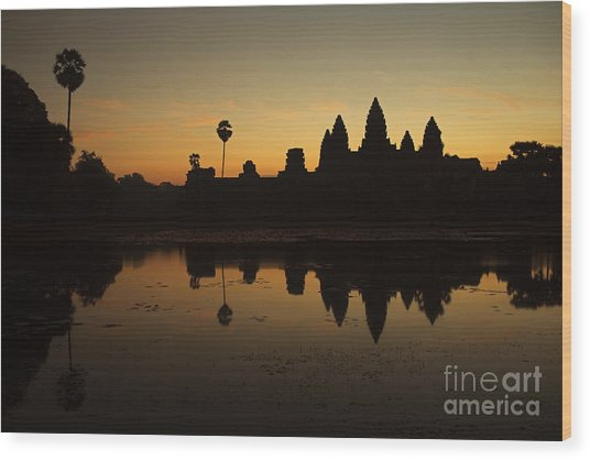 Angkor Wat Wood Print by Stefano SmallBoy Tomassetti - Photodreamer
