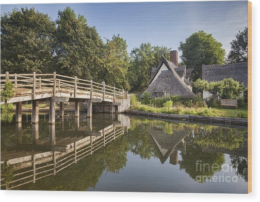 Constable Country Wood Print by Colin and Linda McKie
